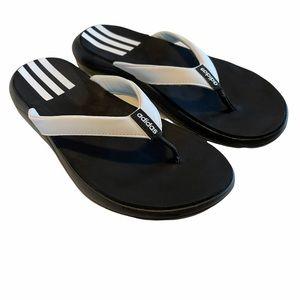 Adidas size 8 t-strap flip flops black/white EUC